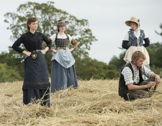 carey-mulligan-in-a-scene-from-far-from-the-madding-crowd